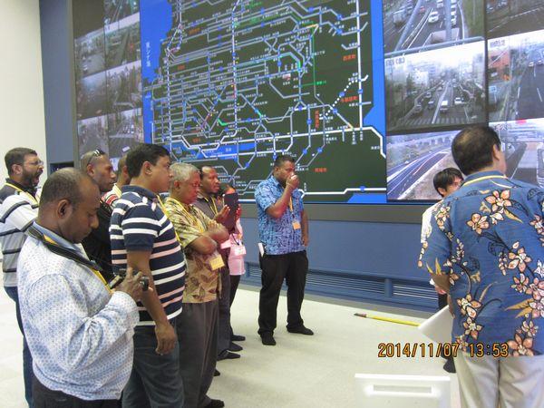 道路規制システム見学